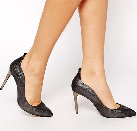 Jak Przetrwac Noc W Obcasach Fashyou Pl Trending Shoes Shoes Court Shoes