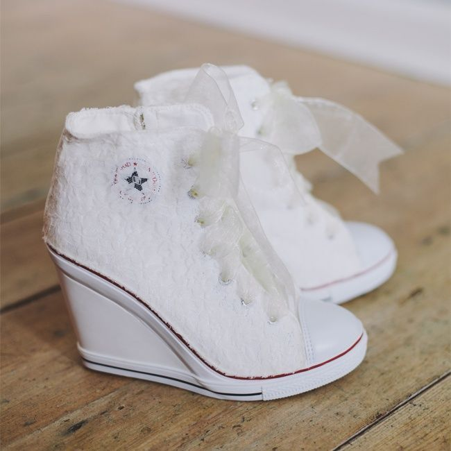 Burgundy Converse With White Organza Style Ribbon As The Laces
