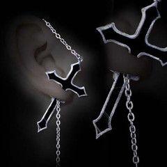 Alchemy Impalare Cross Stud Earring | Vampirefreaks