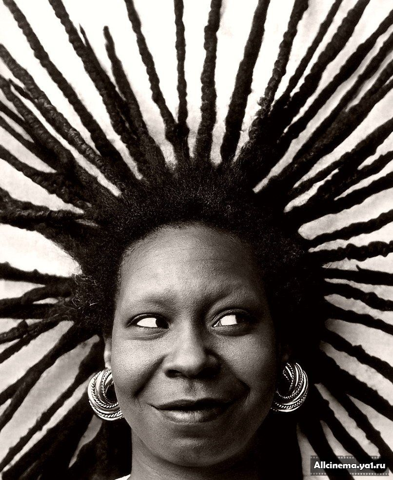 throwback: six iconic 80's naturals | whoopi goldberg