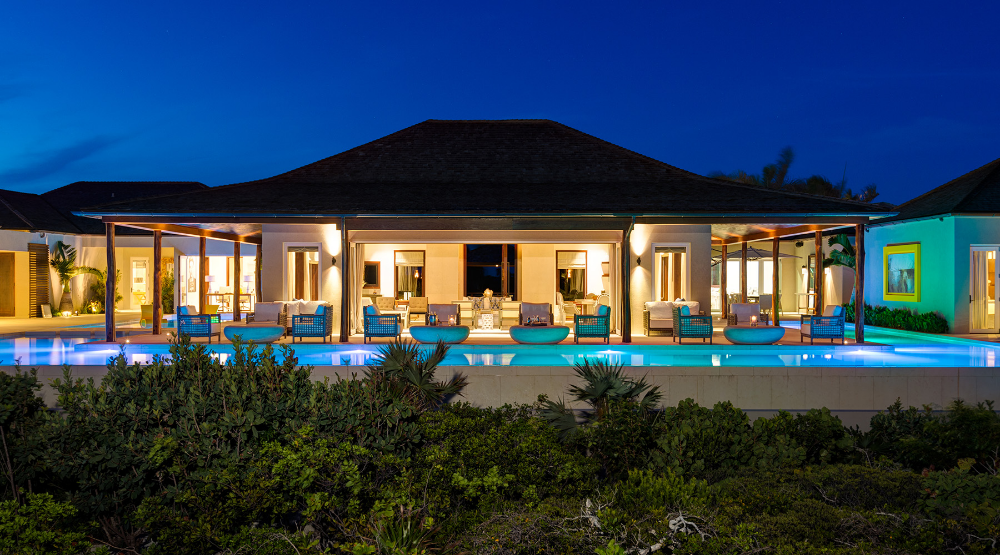 Turtle Tail Estate Hidden Villa Gem On Providenciales Time Well Spent Luxury Estate Luxury Homes Estate Homes