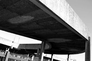 Brutal Bercy, the concrete coffin