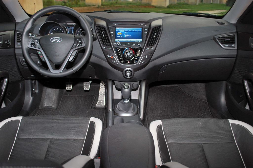 2014 hyundai veloster 2014 hyundai veloster interior. Black Bedroom Furniture Sets. Home Design Ideas