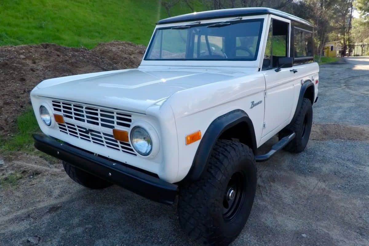 Time For Throwbackthursday With A 1970 Ford Bronco Tbt