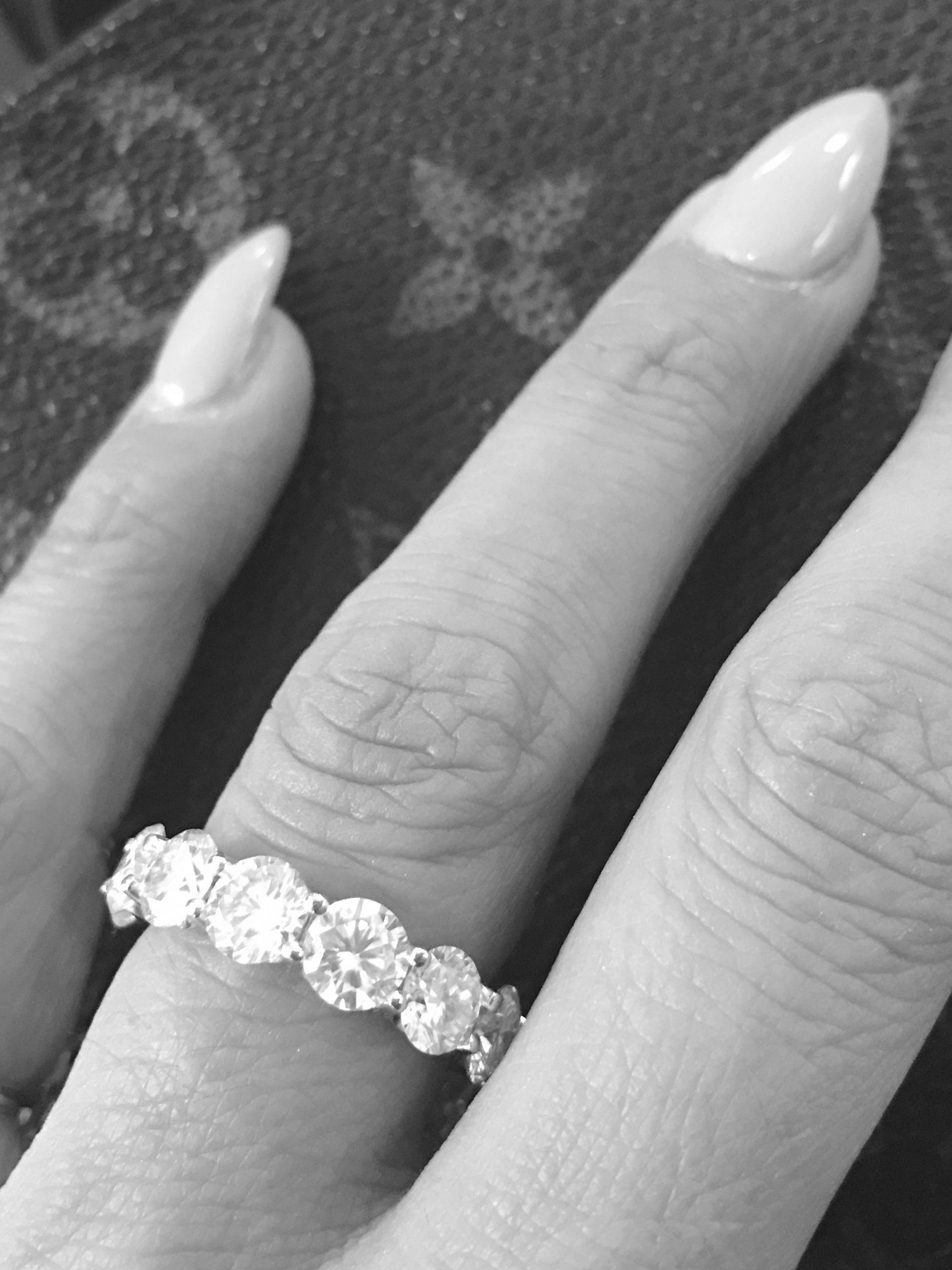 Diamonds and LV  weddingbands  weddingrings  kobelli  rounddiamonds ... 66ea7fc5a7