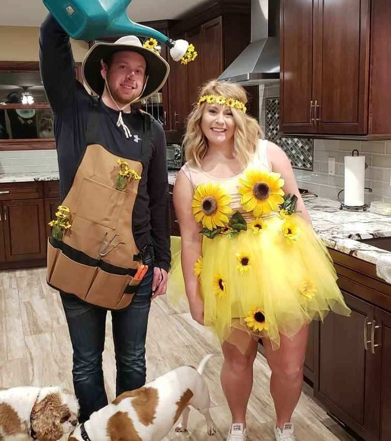 Cool 67 Unique Couples Costumes for Halloween https