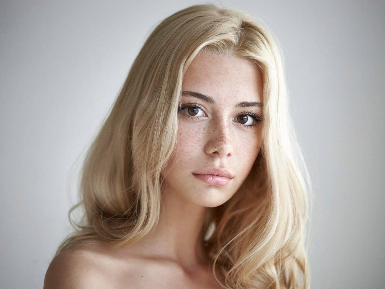 Pingl Sur Portraits Fminins-3709