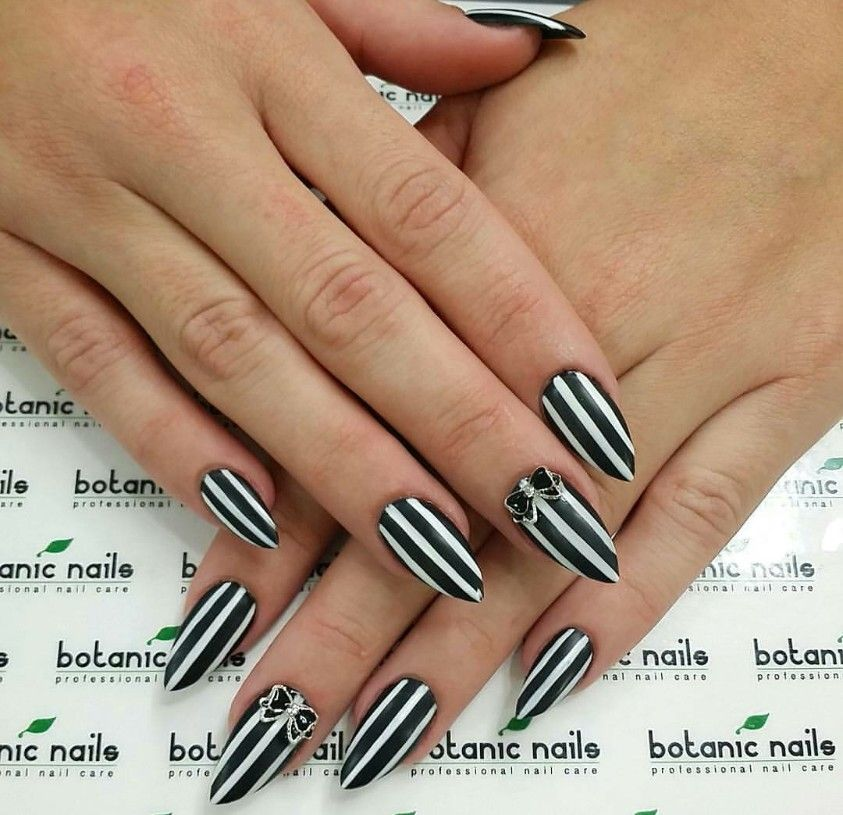Black And White Striped Stiletto Nails With Bows Nails Design With Rhinestones White Nails Black Acrylic Nails