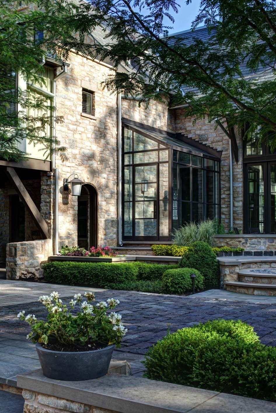 Véranda De Jardin Extérieur farmhouse modern home offers tranquil oasis on shores of