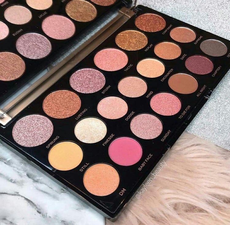 makeup Makeup revolution, Natural eyeshadow palette, Makeup