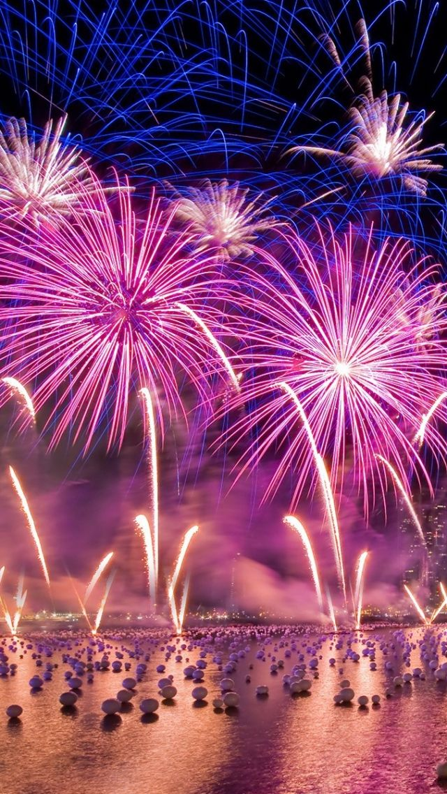Download Wallpaper 640x1136 City Holiday Night Sky Fireworks Iphone 5s 5c 5 Hd Background Fireworks Wallpaper Fireworks Fire Works