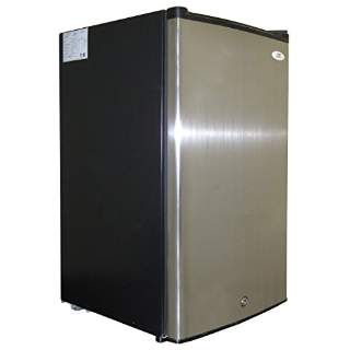 Up Until The Last Few Years Under Counter Freezers Were Almost Exclusively Used In Bar Hotel And Restaur Upright Freezer Stainless Steel Doors Black Cabinets