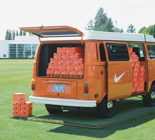 Nike Pop Up van. #retail #popup #nike