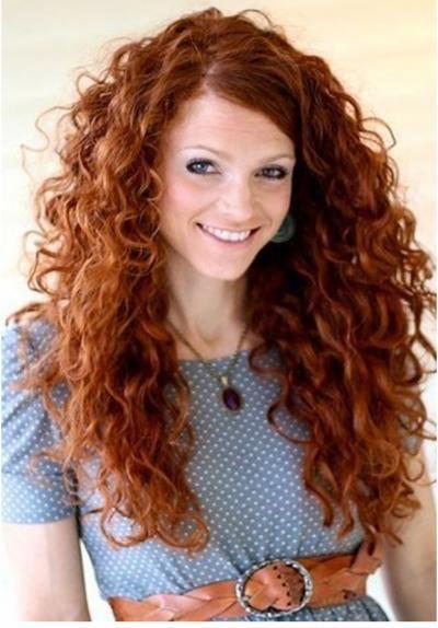 Fotos de mujeres con pelo largo rizado