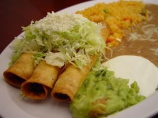 Taquitos Con Guacamole 3 Taquitos Chicken Or Beef With
