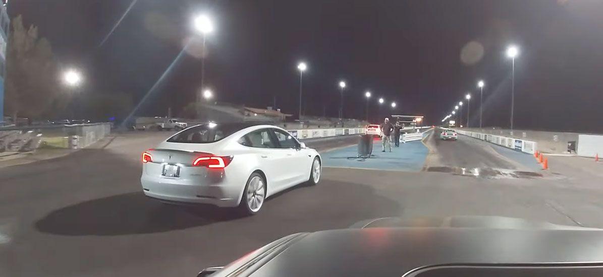 Tesla Model 3 Performance Drag Races Vs Trackhawk Mustang