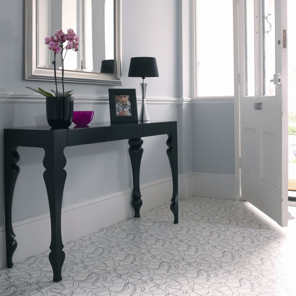 Modern patterned vinyl for a sophisticated look summer