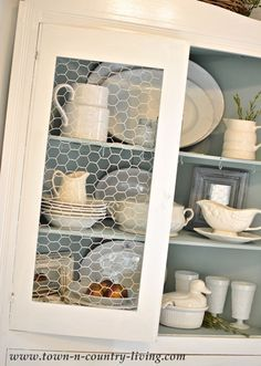 Kitchens, Idea, China Cabinets, Cats Broke, Chicken Wire Cabinets,  Chickenwir, Replacements Glasses, Kitchen Cabinets, Cabinets Doors