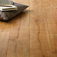 Hygena Palomino Oak Laminate Flooring 1 48sq M Per Pack Oak Laminate Flooring Oak Laminate Wood Laminate Flooring