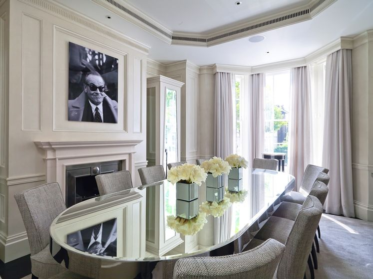 Hamilton Terrace St Johns Wood London NW8 Love The Mirrored Oval Glass Table