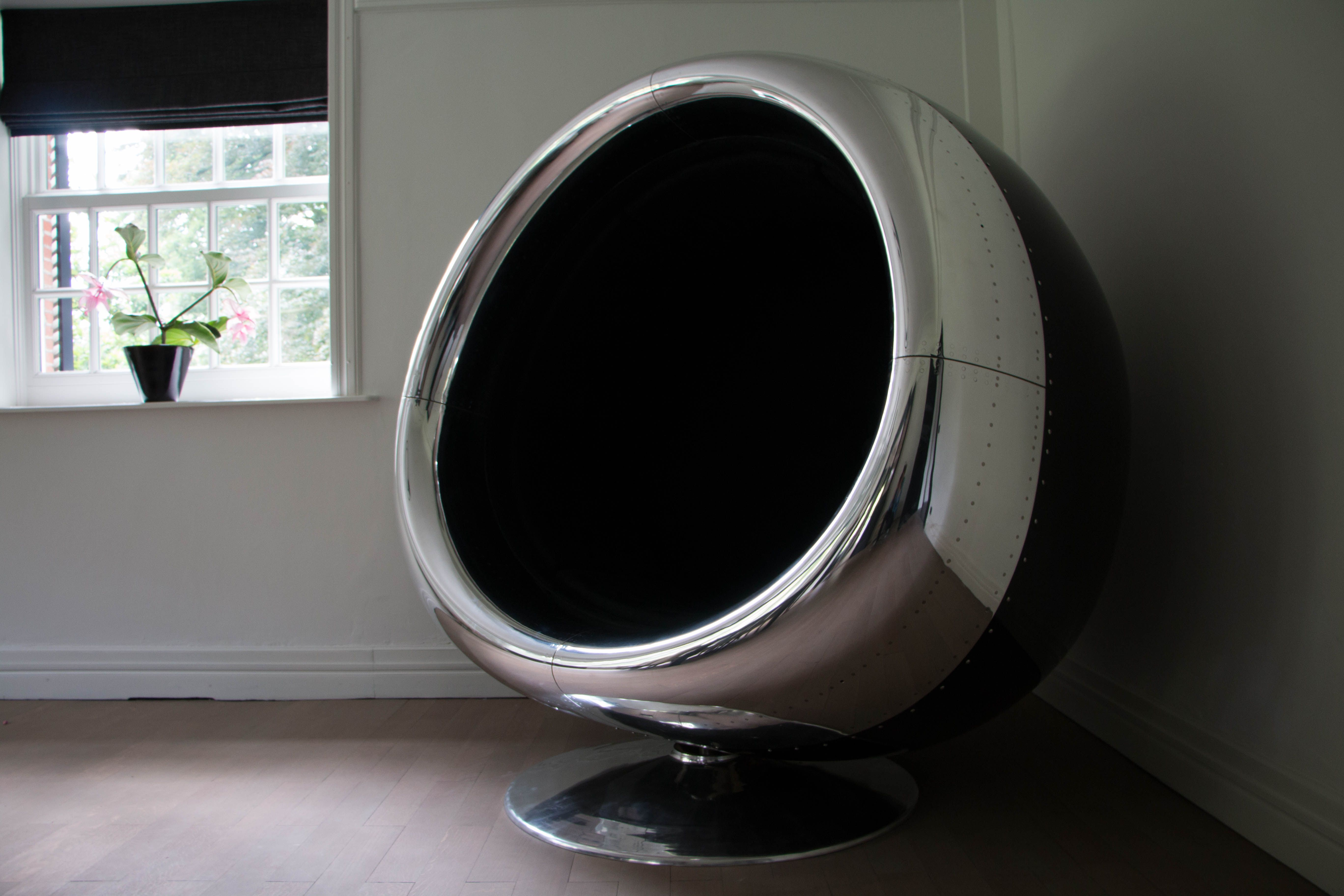 Boeing 737 Engine Cowling Chair Made By Plane Industries