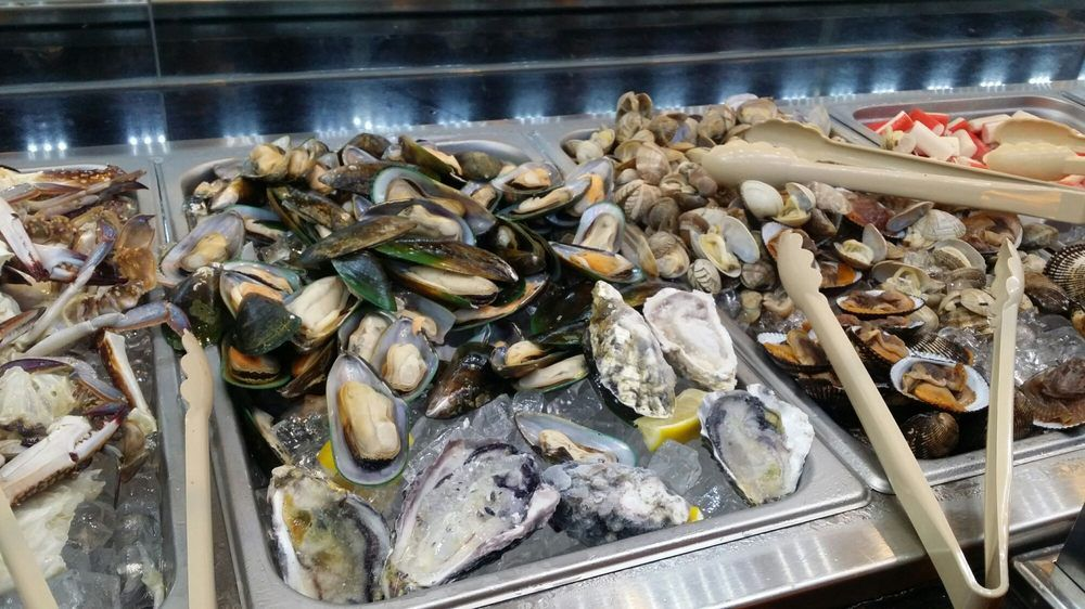 Chinese buffet near me dinner restaurants seafood