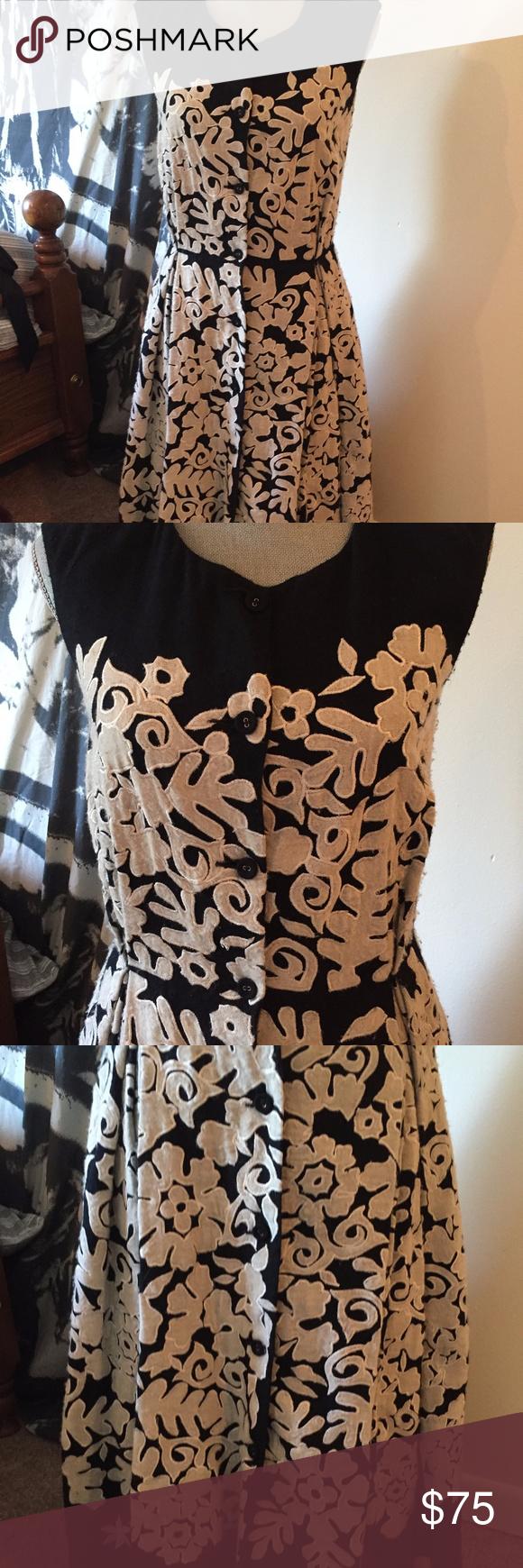 4f731dae103d Nicole Farhi Sleeveless Wool Embroidered Dress Beautiful 100% wool and 100%  silk lining dress