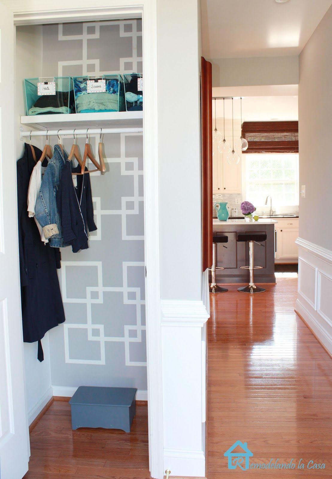 Exceptionnel Remodelando La Casa: The Monster Inside The Closet   Sherwim Williams  Requisite Gray Stencil