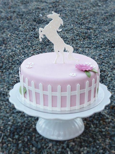 Horse Cake By Swedish Cakes Linda Via Cake Ideas Pinterest
