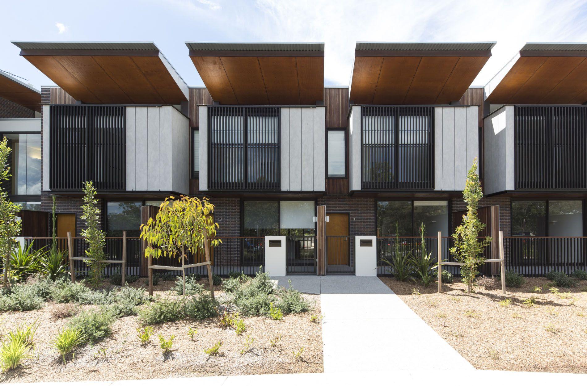 Tubbs View + Hamilton Corner / Bates Smart Residential