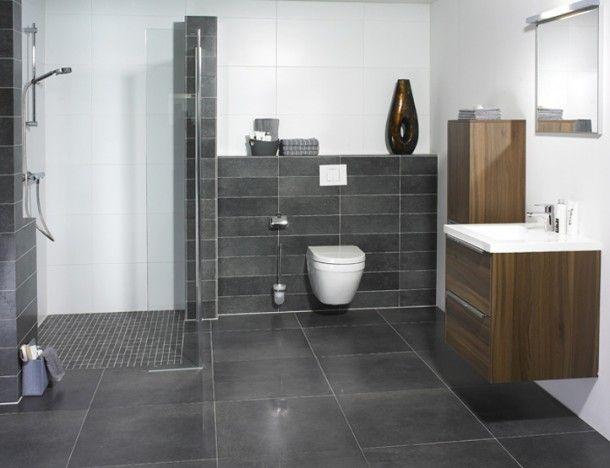 Badkamer Grijs Wit : Badkamer toilet nis wit tegel grijs tegel closet handoek