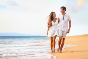 Celebrate Your Anniversary At Henderson Park Inn In Destin Destin Beach Hotels Beachfront Florida Lodging Bed Breakfast Honeymoon Vacations Couple Beach Best Honeymoon Destinations
