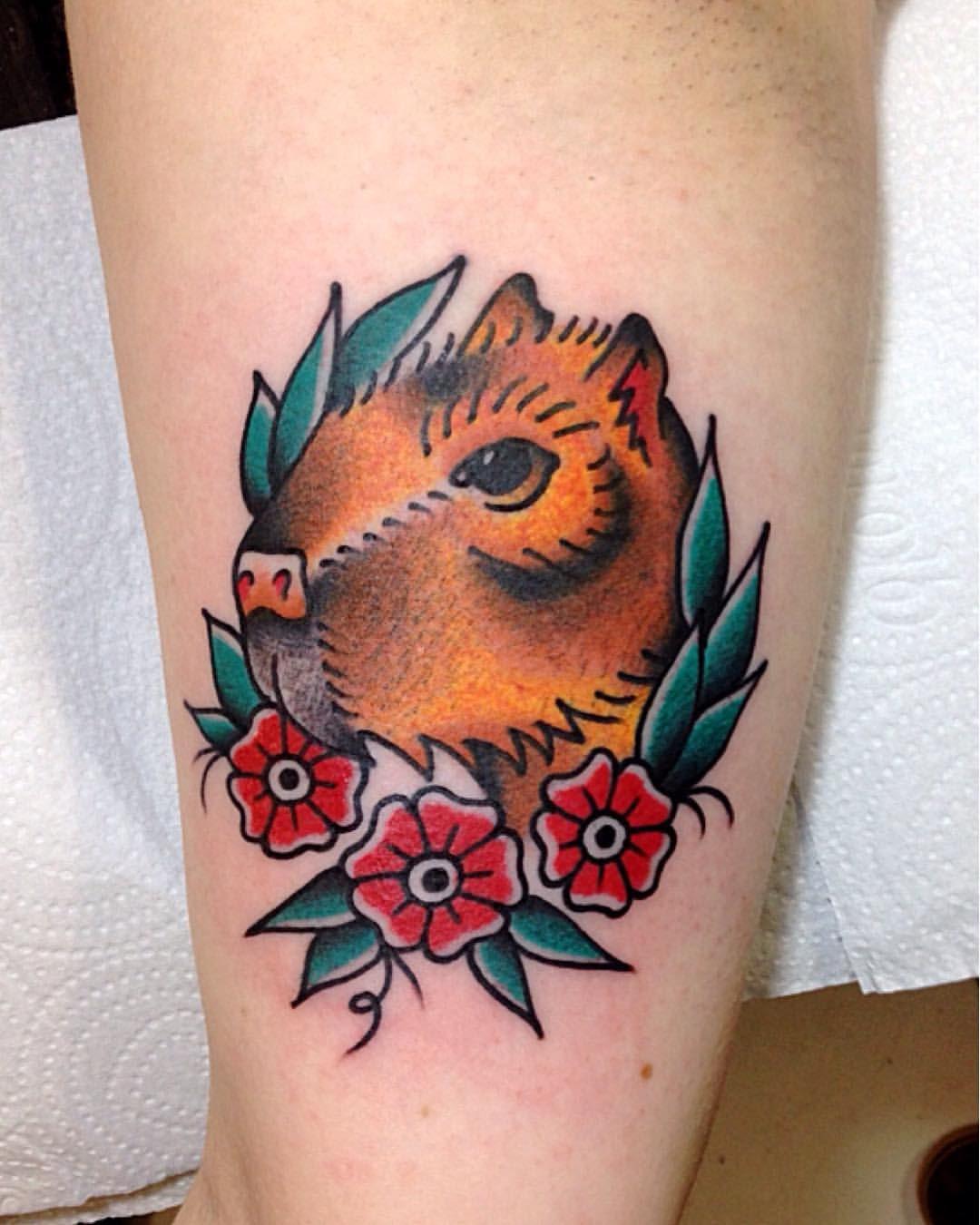 Capivara feita na Amanda Funke! Obrigado por confiar e pela preferência! ✌️🙌😊  Para agendar uma tatuagem, enviar email para brunomakowski@gmail.com ou whatsapp: (47) 8833-5432  #brunomakowski #luckylootclassictattoo #capivara #capybara #old #oldschool...
