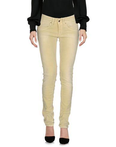 MET in JEANS Women's Casual pants Light green 27 jeans