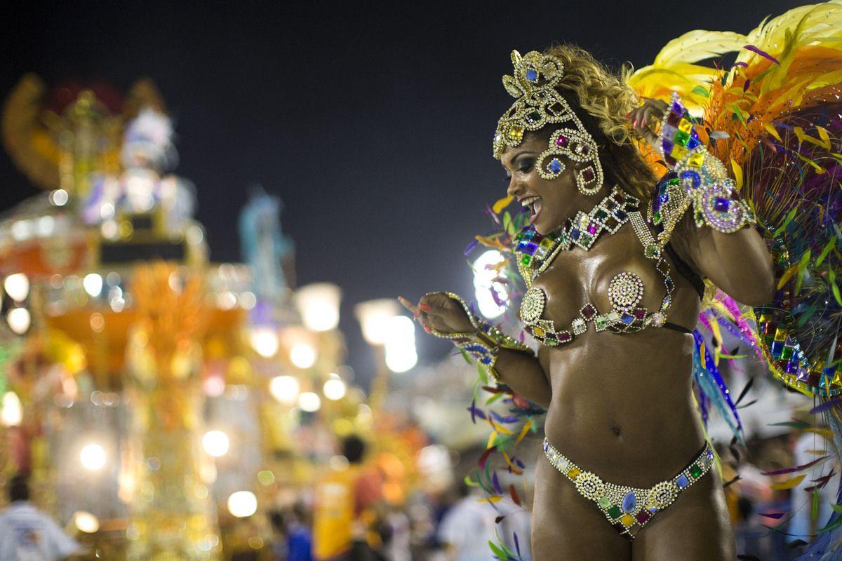 25 semidesnudos del Carnaval de Río de Janeiro (FOTOS) (EXPLÍCITAS)