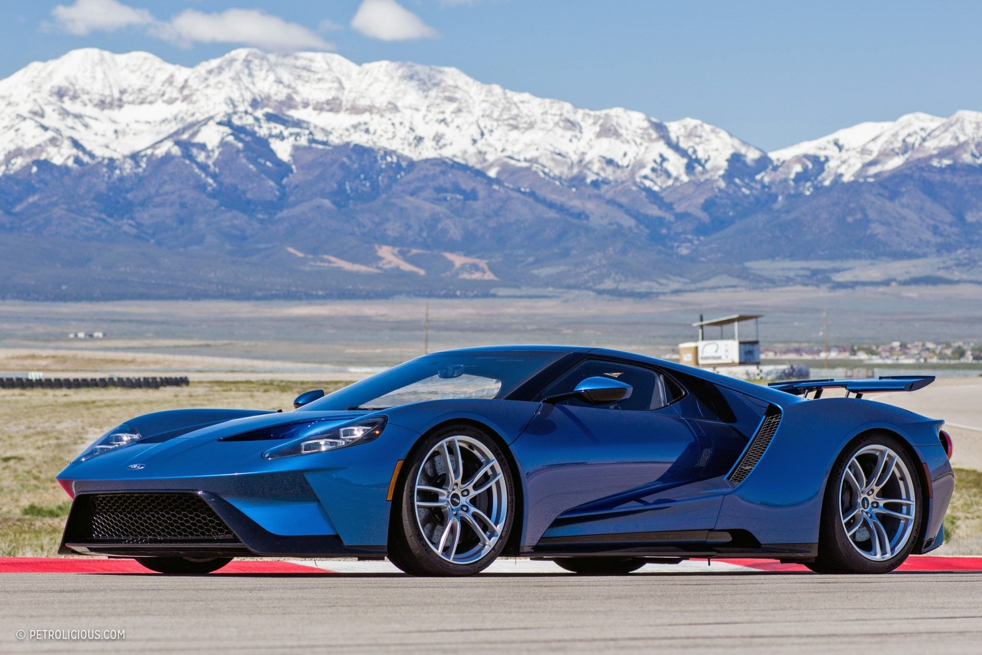 2017 Ford Gt Liquid Blue Repin By At Social Media Marketing Pinterest Marketing Specialists Atsocialmedia Co Uk Ford Gt Classic Cars Cars