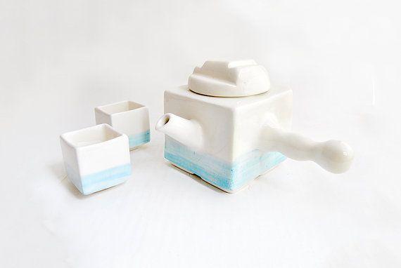Set di tè o caffè più due tazze con forma di cubo di Barruntando