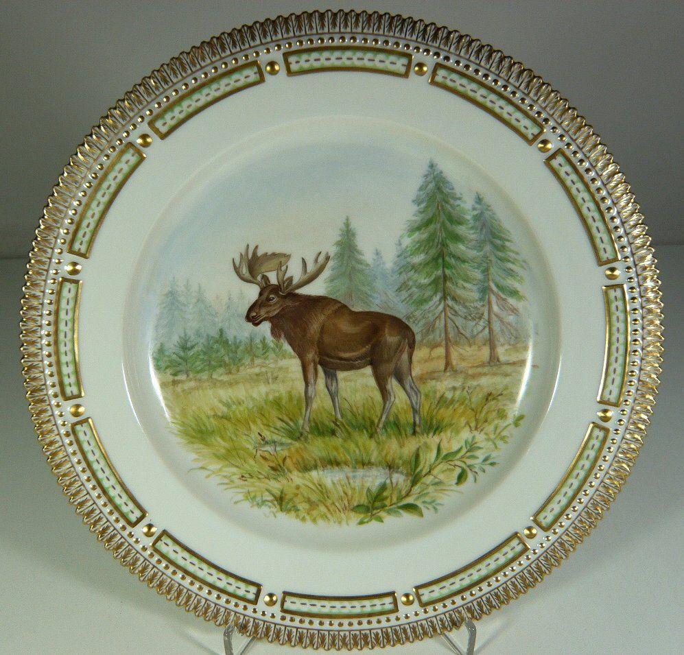 Royal Copenhagen u0027Fauna Danicau0027 dinner plate hand-painted featuring moose & Royal Copenhagen u0027Fauna Danicau0027 dinner plate hand-painted ...