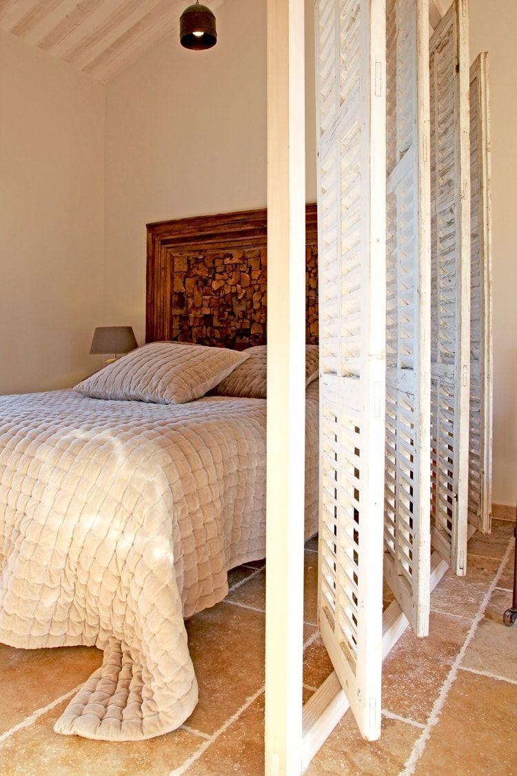 une cloison pivotante sdb cloison persienne et. Black Bedroom Furniture Sets. Home Design Ideas