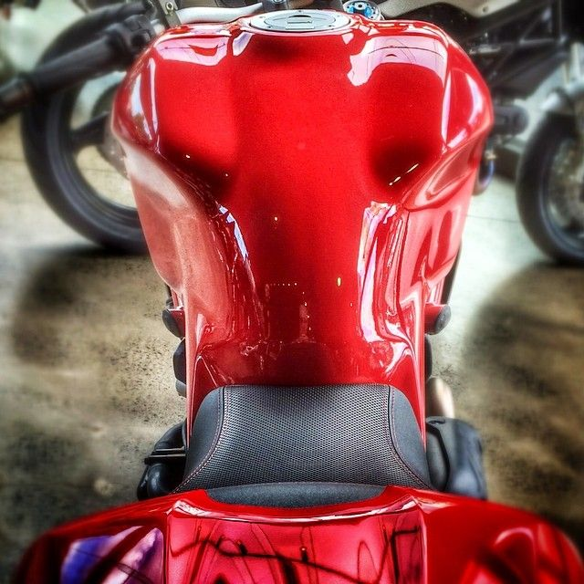 The rear view of the #Monster1200 fuel tank is meaner than ever. Looks like the old tank on steroids by ducatisofinstagram