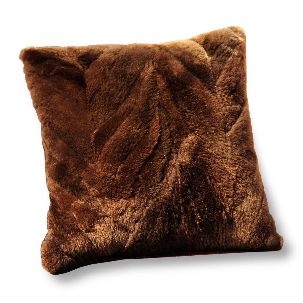 Almohadones de piel de nutria furs leather fur - Mantas de piel ...