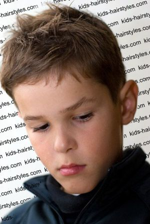 This Hairstyle Is Considered As A Sculpture Simple Boy Haircut - Simple hairstyle in boy