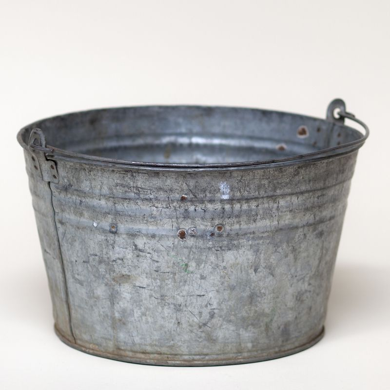 round galvanized bucket: Short round galvanized bucket. I have 2 that you could borrow.