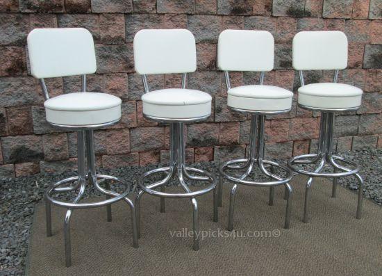 Set 4 Vintage Krometal Mid Century Modern Swivel Bar Stool Chair Seat 495 00 Via Etsy Modern Swivel Bar Stool Chairs Bar Stools