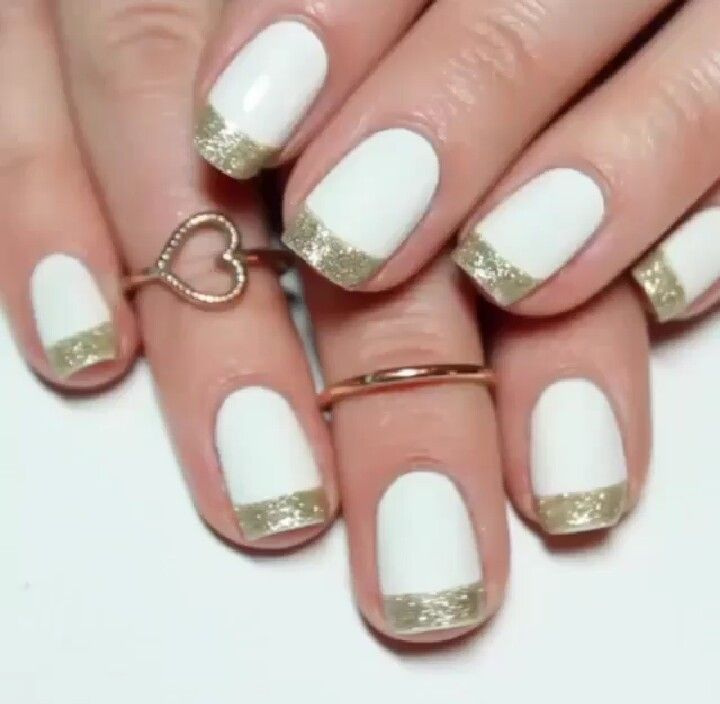 Gold glitter french tip
