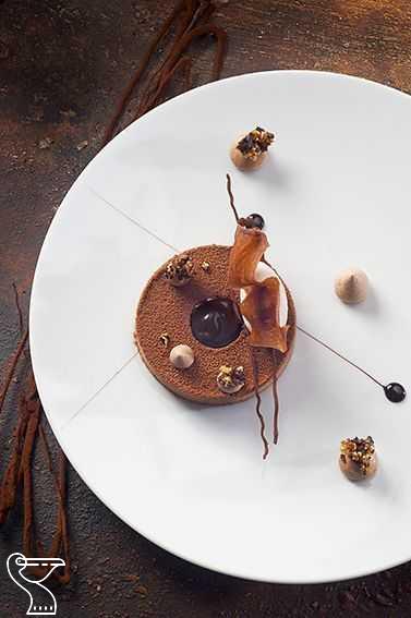 The art of plating! Lychee panna cotta , raspberry glass, raspberry rose water sorbet – [ ] #chefsroll #B #dessertplating - #cotta #glass #lychee #panna #plating #raspberry - #PlatedDesserts