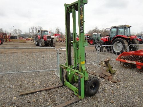 Homemade Forklift Boom : Tractor lift attachment vintage forklifts