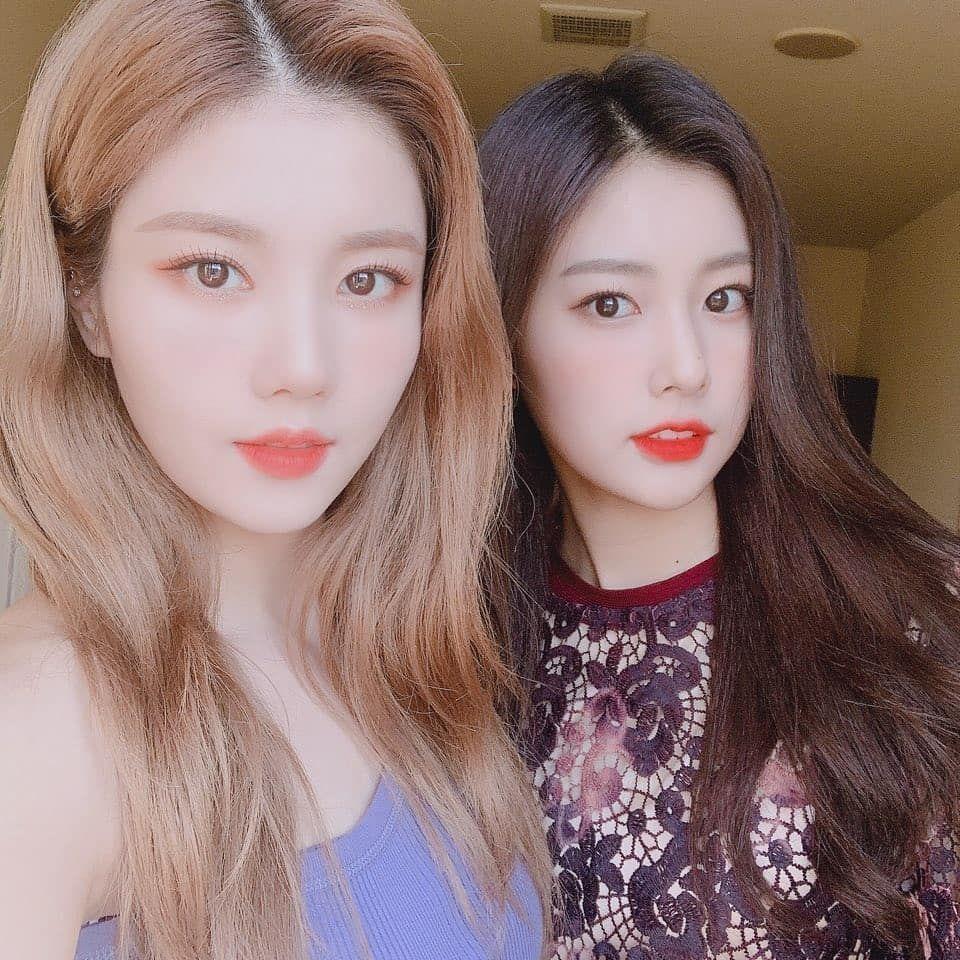 Eunbi & Hyewon kpop kdrama bts exo kpoparmy Popular