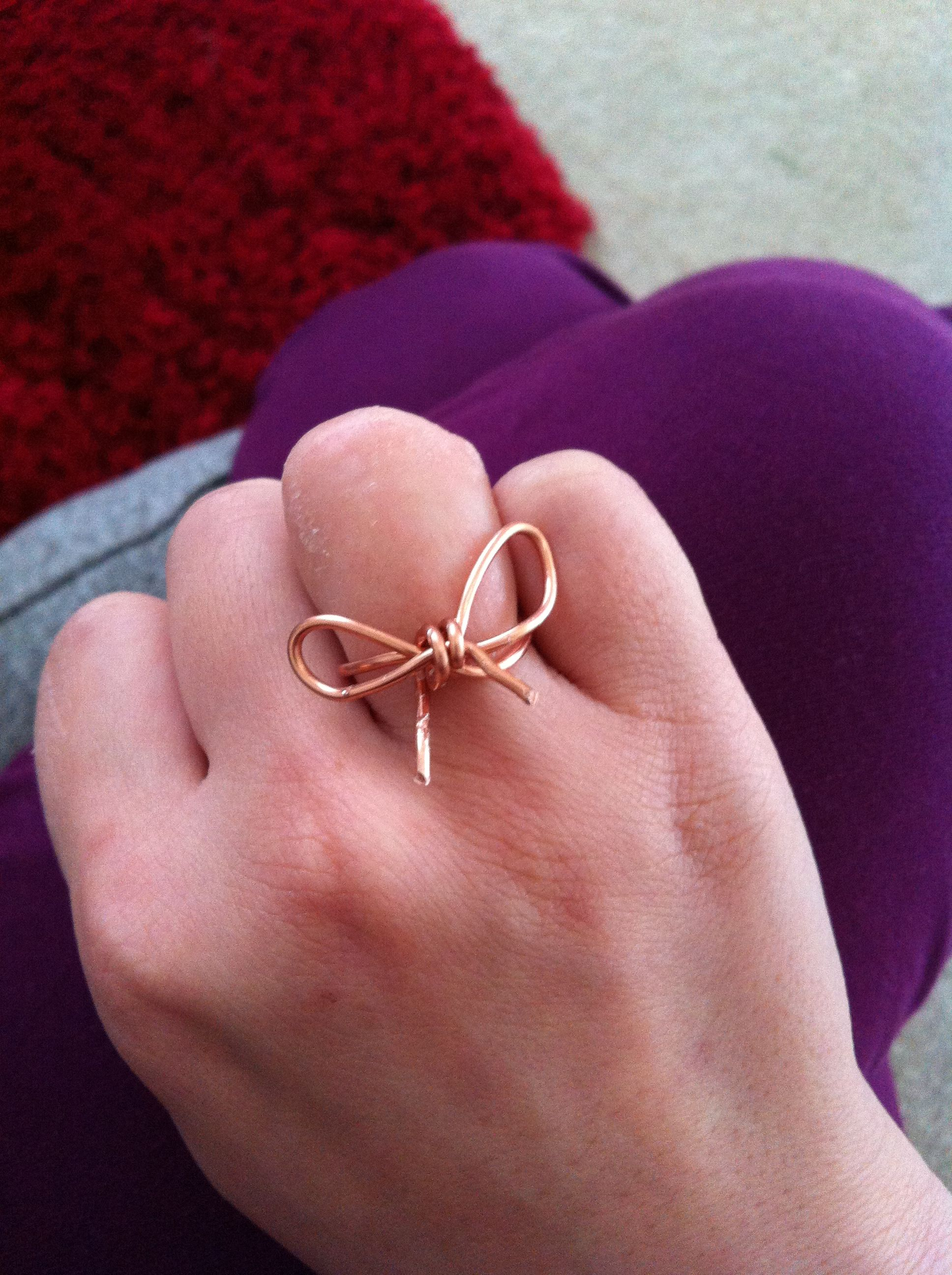 Diy wire bow ring do it myself pinterest wire art diy wire bow ring solutioingenieria Gallery