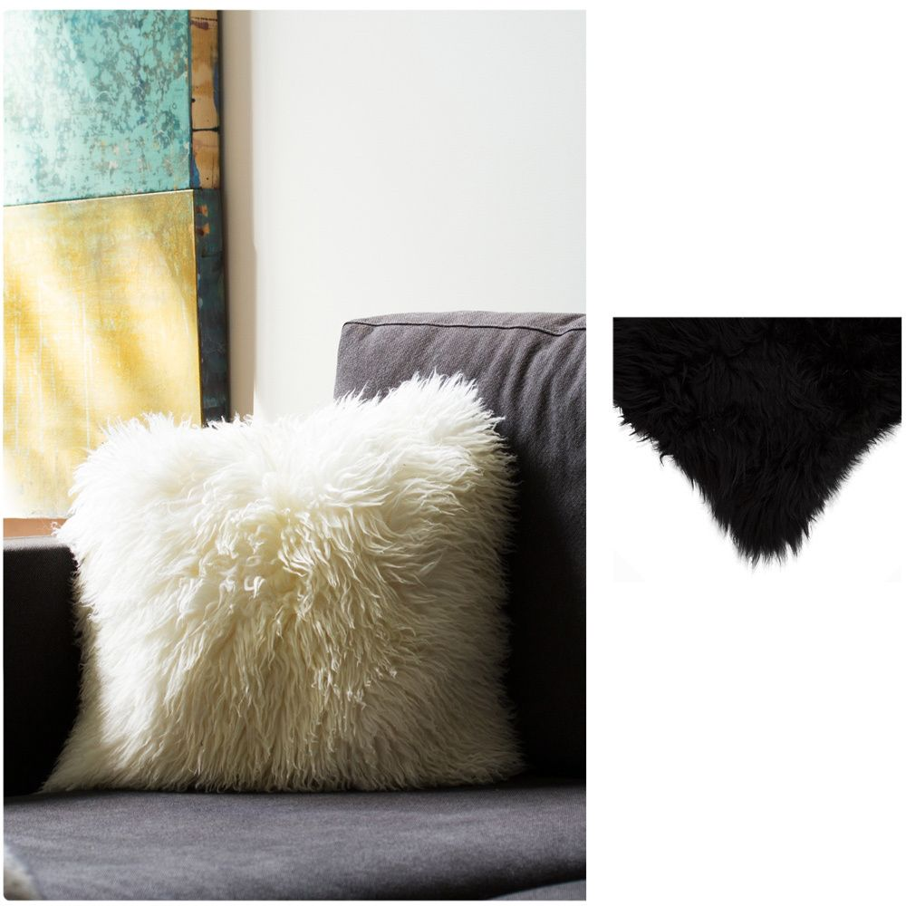 Soften the textures of your decor with this beautiful New Zealand sheepskin pillow. Soft and appealing, the pillow creates an inviting oasis of comfort on your sofa or chair and has a powerful visual impact in any space.